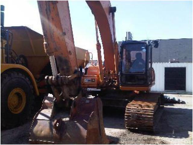 Track excavator Case