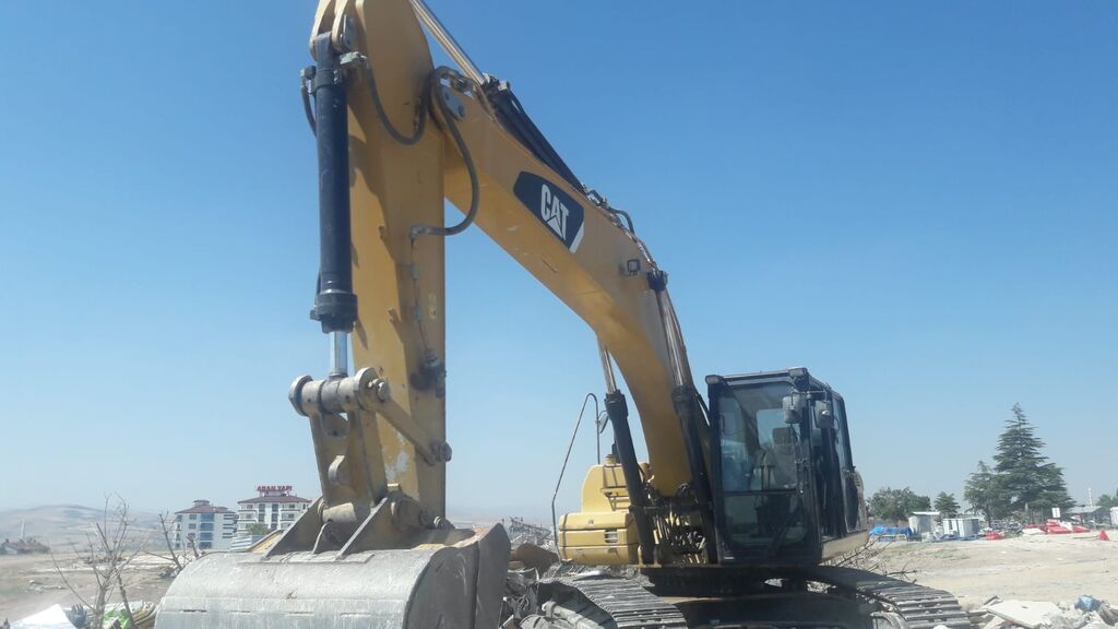 Excavator - other Caterpillar