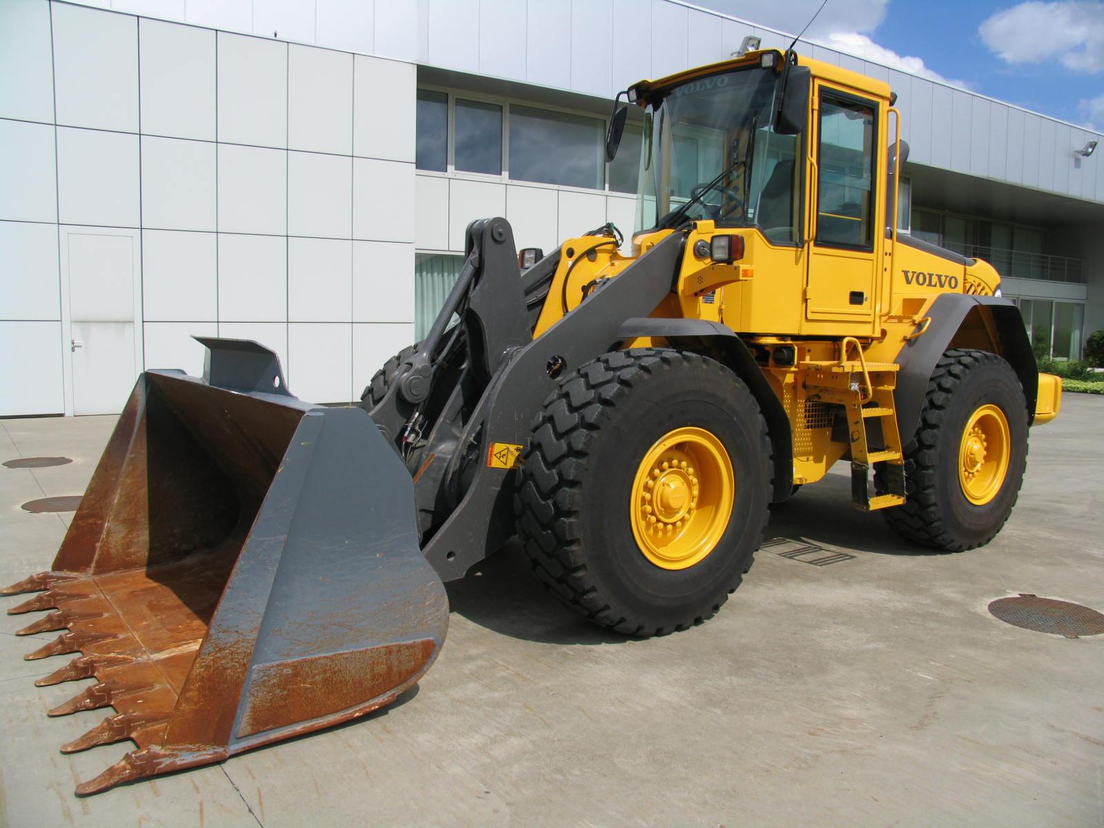 Wheel loader Volvo